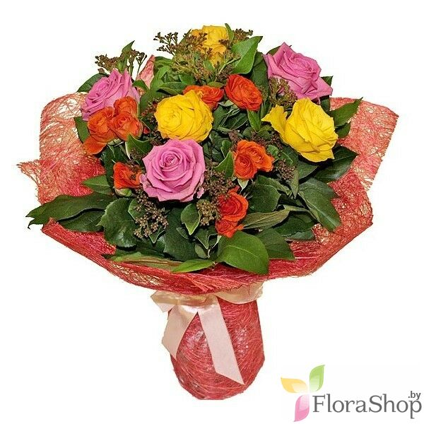 The bright bouquet of roses